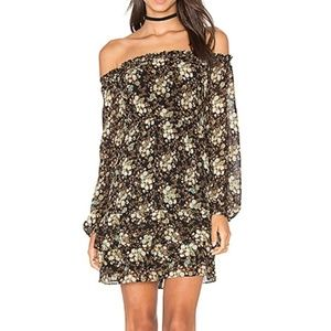 WAYF Emma Off the Shoulder Floral Dress